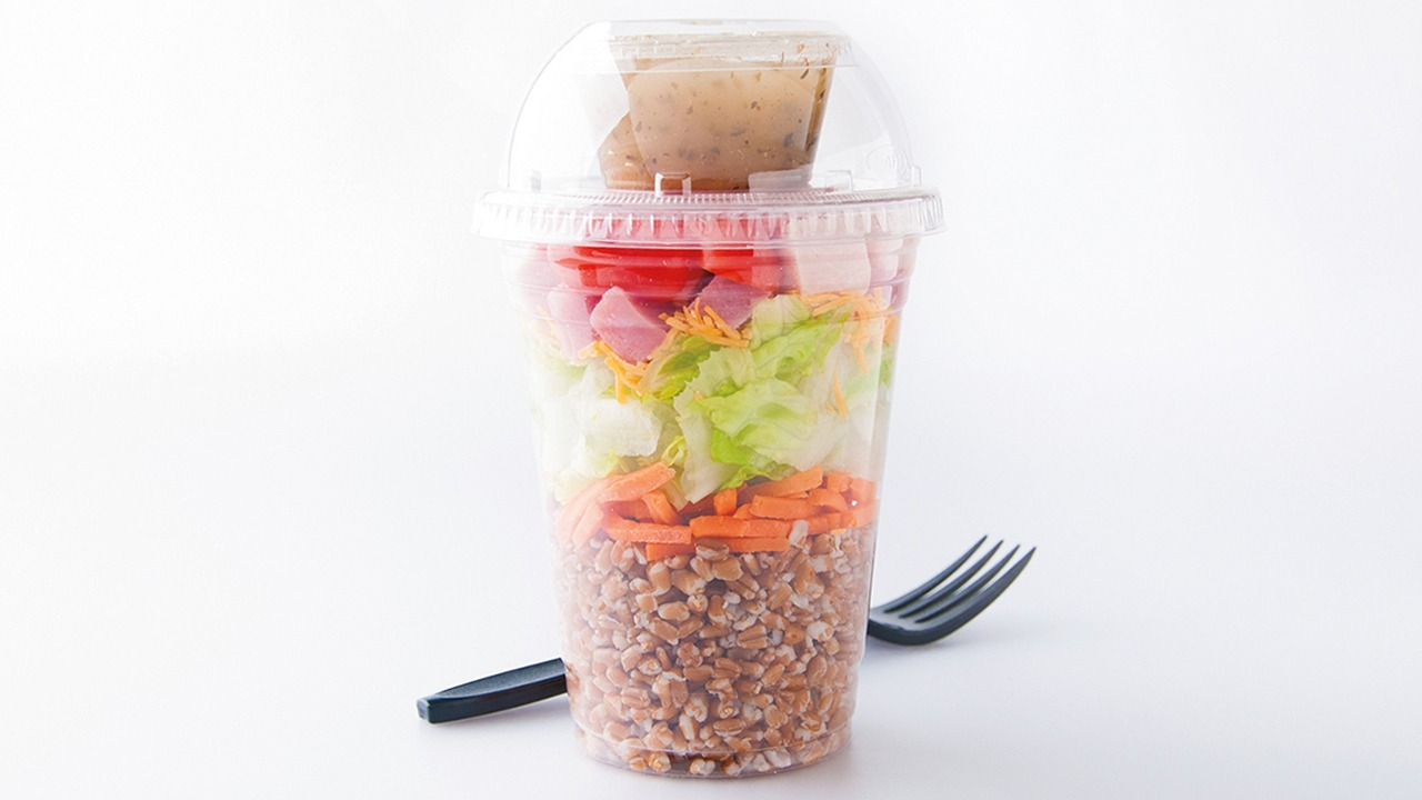 Shaker salad with wheat berries in cup