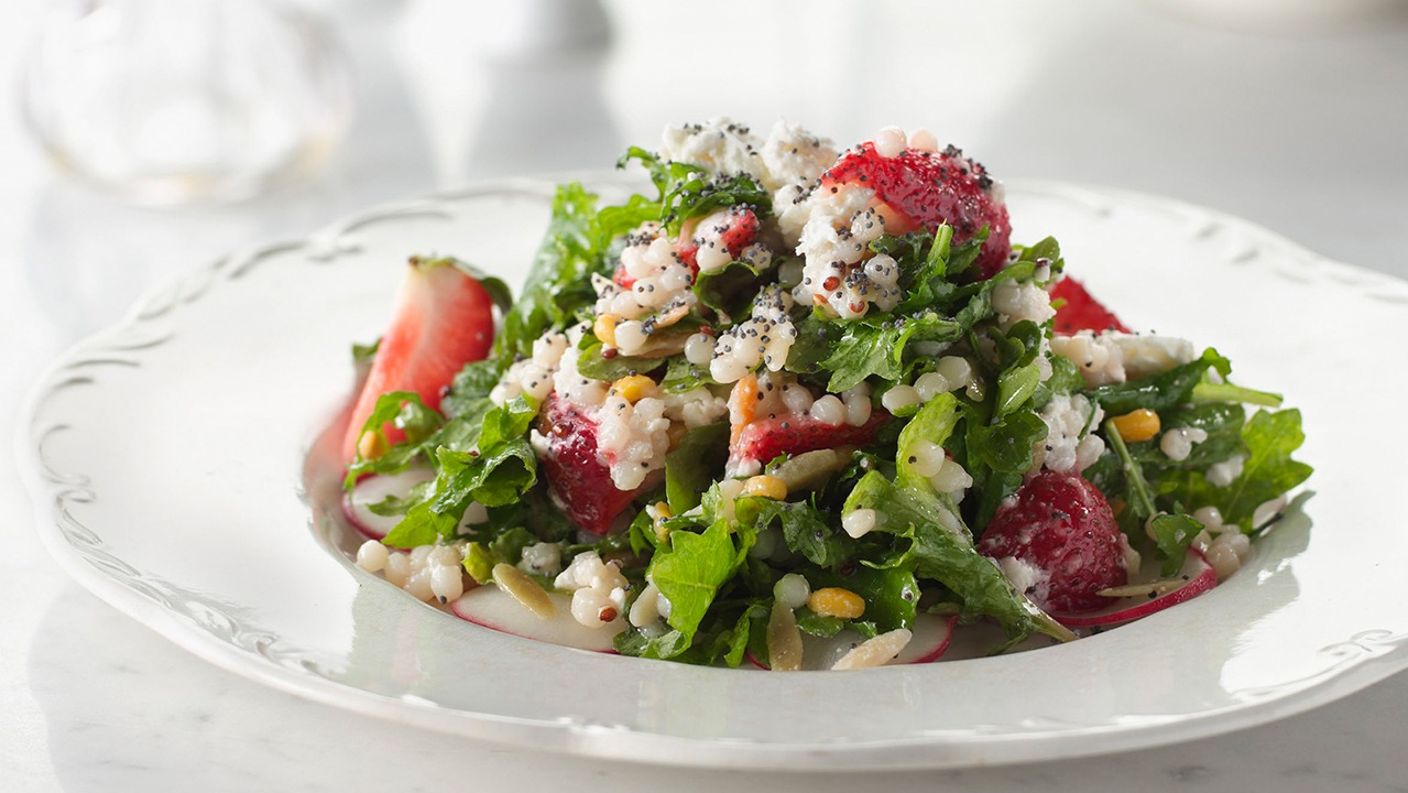 Golden jewel baby kale strawberry and poppy seed salad