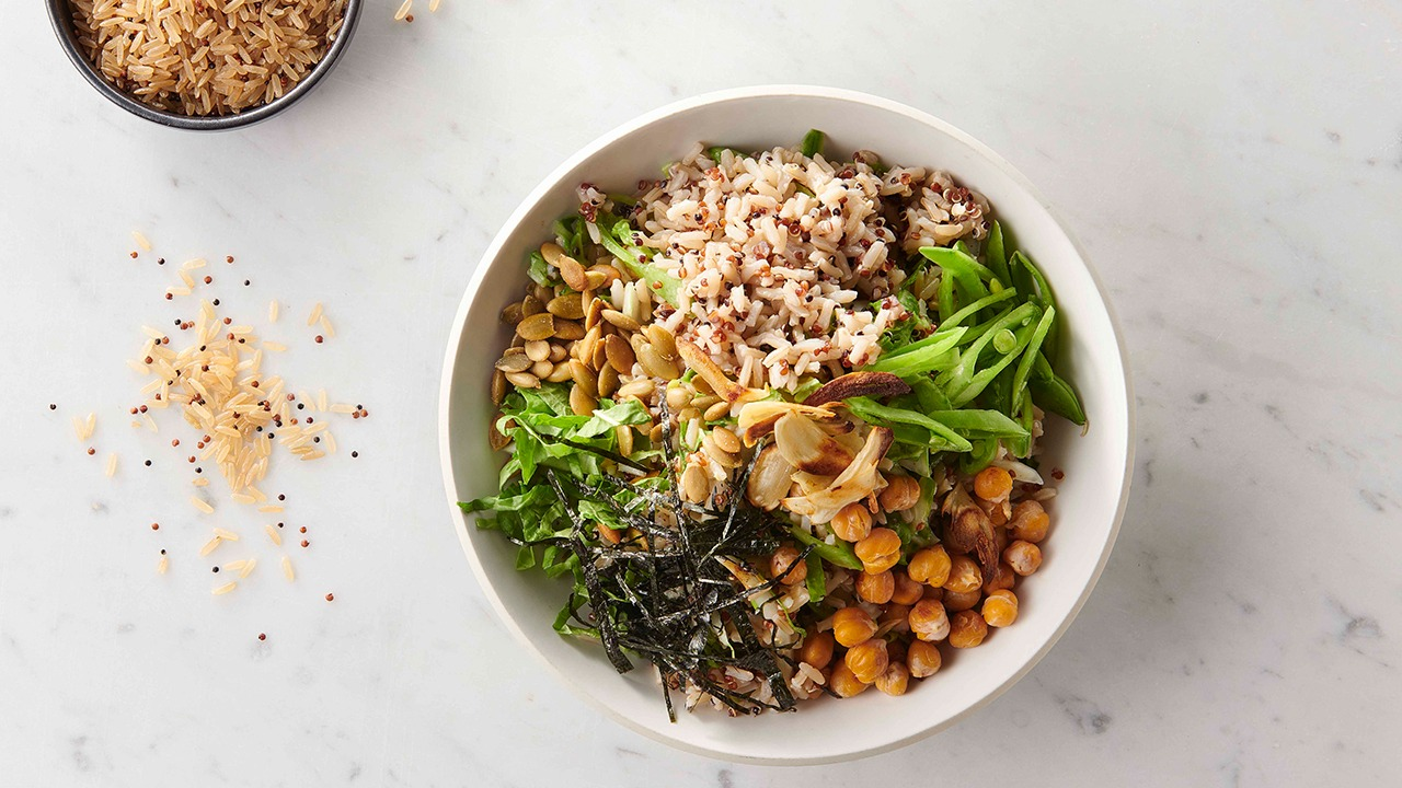 Seaweed & Garlicky Chickpea Rice Bowl
