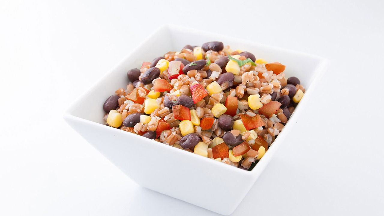 Wheat berry and black bean salad