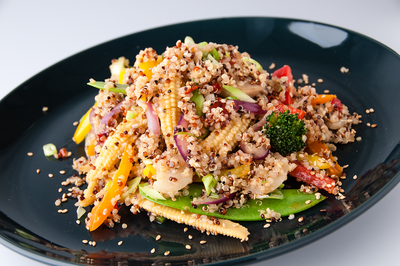 Grain Perfect™ Tri-Color Quinoa Vegetable Stir-fry